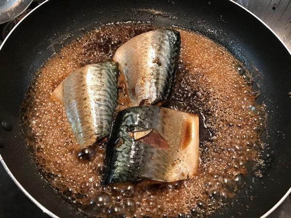 魚の煮付け サバの煮付け