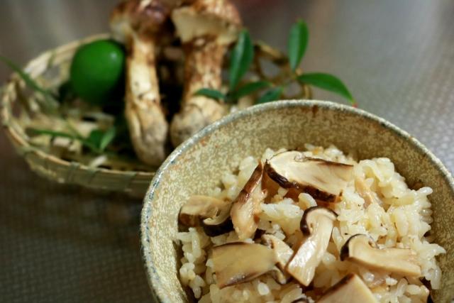 ほんわかテレビ レシピ 松茸ご飯 お吸い物 永谷園 裏ワザ