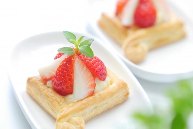 スッキリ レシピ 小倉優子 クリスマスディナー 材料 作り方 グラスケーキ