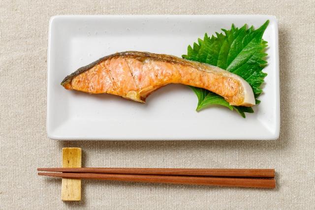 漬けるだけレシピ 万能ダレ 漬けダレ 万能ダレ ヒルナンデス レシピ 作り方 鮭の照り焼き