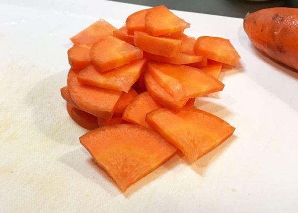 木金レシピ ニンジンとツナの煮ない煮物 人参 一口大 カット