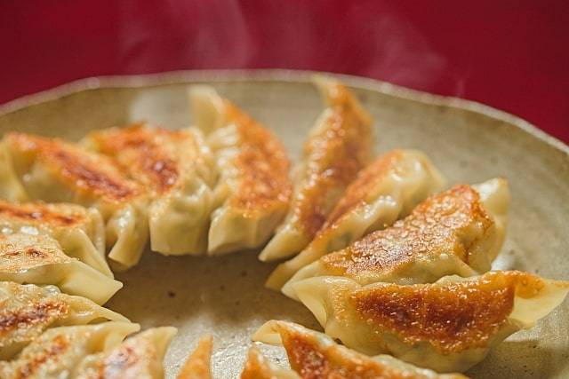 スッキリ ワンパンレシピ 簡単 フライパンひとつ ほったらかし ビッグ円盤餃子
