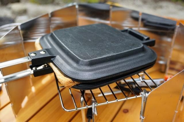 おはよう朝日です レシピ キャンプ飯 ホットサンドメーカー 万能調理器