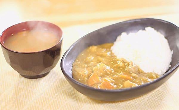 スッキリ レシピ sio 鳥羽シェフ 褒めらレシピ みんなの食卓 フードロス削減 ベジブロスカレー