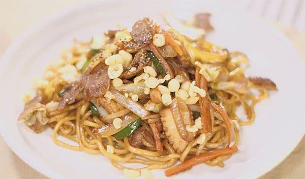 スッキリ レシピ sio 鳥羽シェフ 褒めらレシピ みんなの食卓 究極の焼きそば