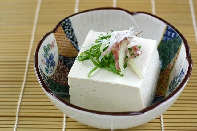 沸騰ワード レシピ 伝説の家政婦 志麻さん タサン志麻 豆腐 豆苗 ツナソース